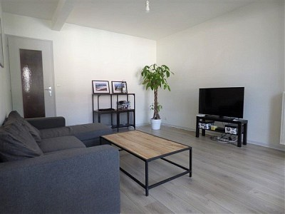 APPARTEMENT T3 A VENDRE - GEX - 65,9 m2 - 250000 €