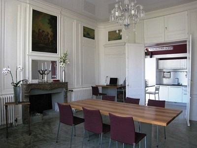 APARTMENT 2 ROOMS TO RENT - DIVONNE LES BAINS - 76,81 m2 - 1920 € including tenant fees