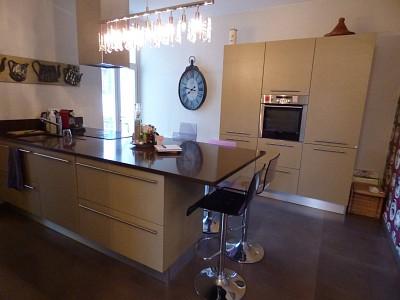 Maison de ville meublée A LOUER - DIVONNE LES BAINS - 158,37 m2 - 2900 € charges comprises par mois