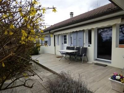 Maison Meublée A LOUER - DIVONNE LES BAINS - 112,64 m2 - 2100 € charges comprises par mois