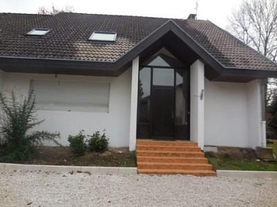 VILLA A LOUER - DIVONNE LES BAINS - 177,22 m2 - 3300 € charges comprises par mois