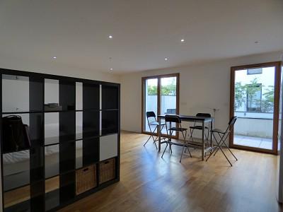 Studio meublé A LOUER - DIVONNE LES BAINS - 45,14 m2 - 965 € charges comprises par mois