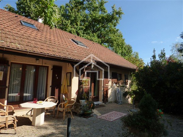 HOUSE FOR SALE - CESSY - 101,44 m2 - 560�0 €