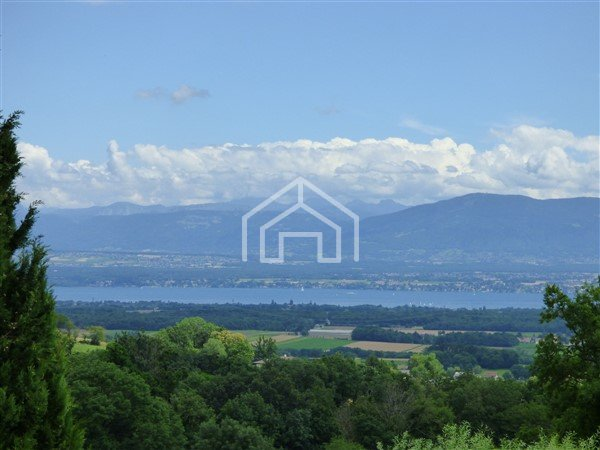 HOUSE FOR SALE - GRILLY - 202,59 m2 - 850�0 €